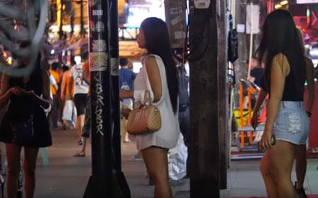 Girls in Bangkok